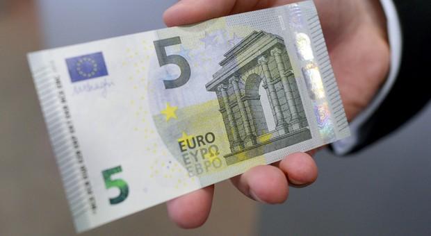 Arrestohet serbi pasi tentoj të korruptoj policin me 5 euro