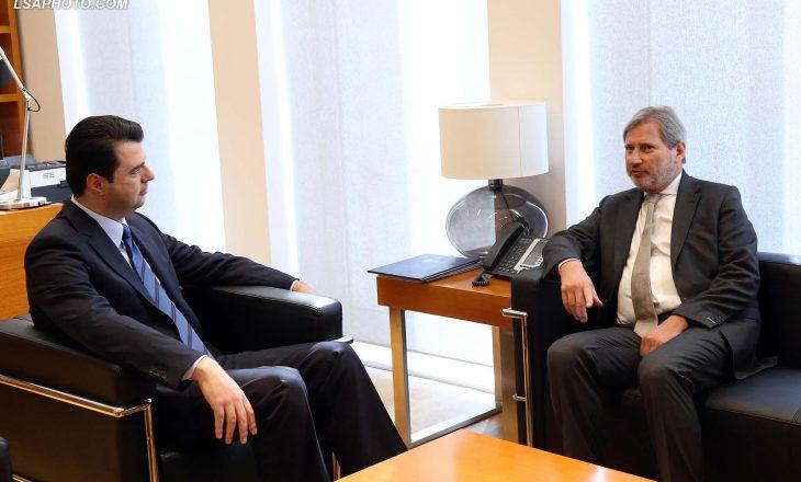 Basha kërkon zgjedhje të lira edhe nga zyrtarët e BE-së