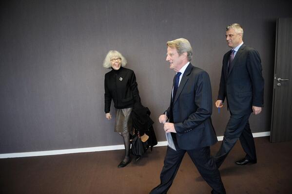 Le Figaro: Bernard Kouchner mund të dëshmojë në Gjykatën Speciale