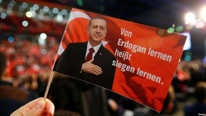 Turqia thotë se përdor metafora për nazizmin sepse shqetësohet për miqtë evropianë