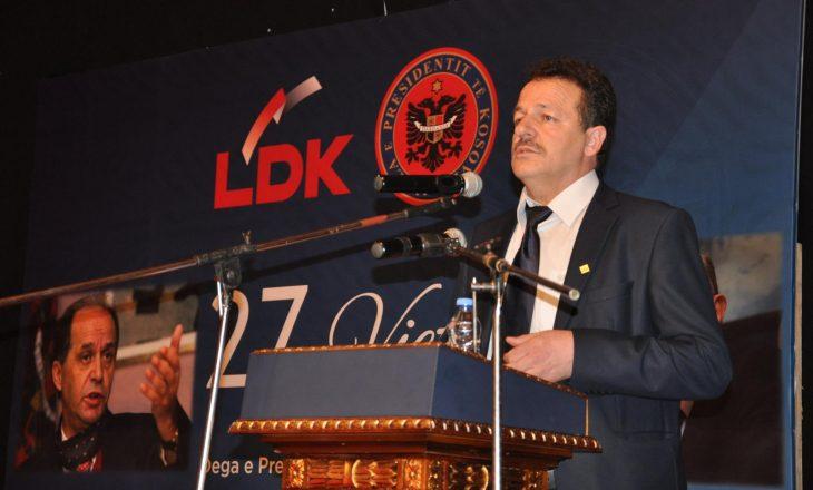 """Reagon zyrtari i LDK-së që """"bisedoi"""" me Rugovën, sqaron çfarë është metafora"""