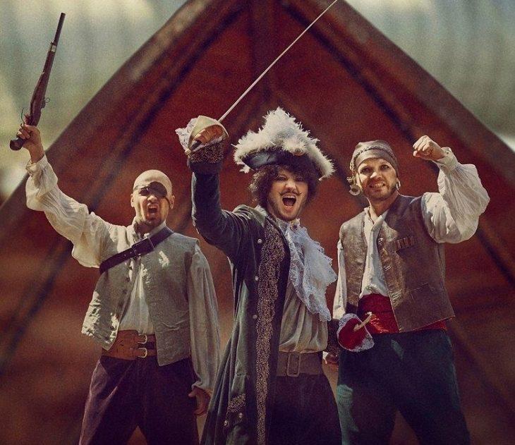 Kapiteni Huk dhe piratët