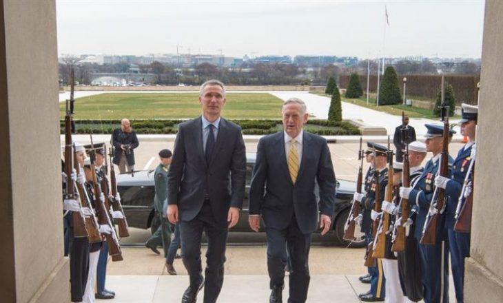 Sekretari amerikan i Mbrojtjes dhe ai i NATO-s diskutojnë për Kosovën