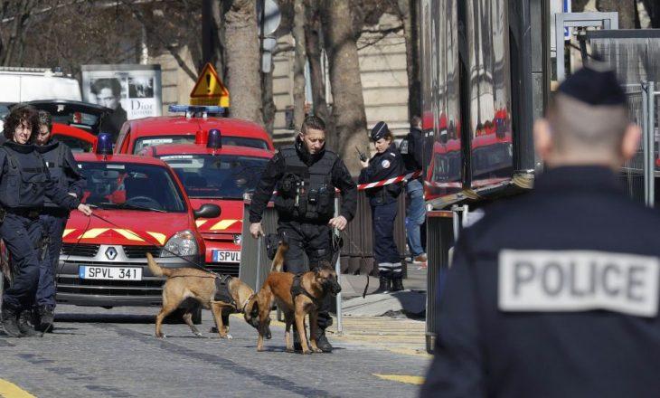 Policia franceze ka arrestuar 26 persona për vjedhje dhe zhvatje
