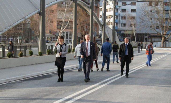 Greg Delawie viziton Urën e Mitrovicës, i kënaqur me punimet