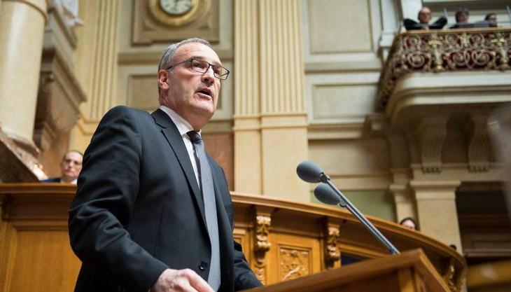 Zvicra zgjat edhe për tre vite mandatin e ushtarëve të saj në Kosovë
