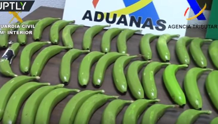 Në Spanjë gjenden narkotik brenda bananeve artificiale
