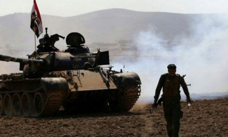 Bastioni i fundit i ISIS -it zhvendoset në shkretëtirë