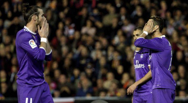 Tifozët nuk e duan treshen e Realit në ndeshjen kundër Napolit