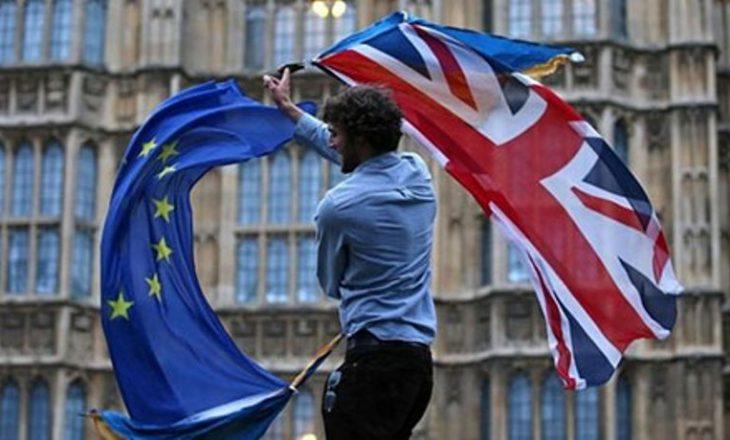 Me 29 mars Britania aktivizohet të largohet nga BE