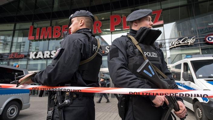 Policia gjermane parandalon një sulm në qendër tregtare