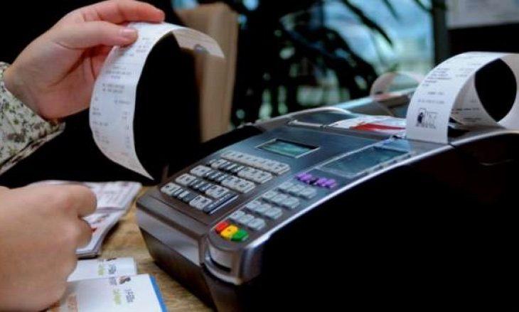 Ministria e Financave planifikon të kthejë në pikën zero procesin e fiskalizimit