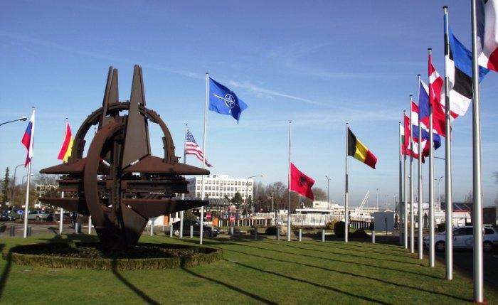 Senatori republikan bllokon debatin për Malin e Zi në NATO