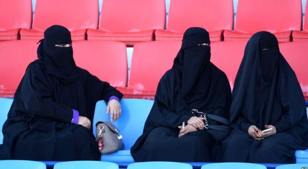 Akademia saudite: Ai që martohet me tri gra gjatë një muaji, e fiton një tjetër falas