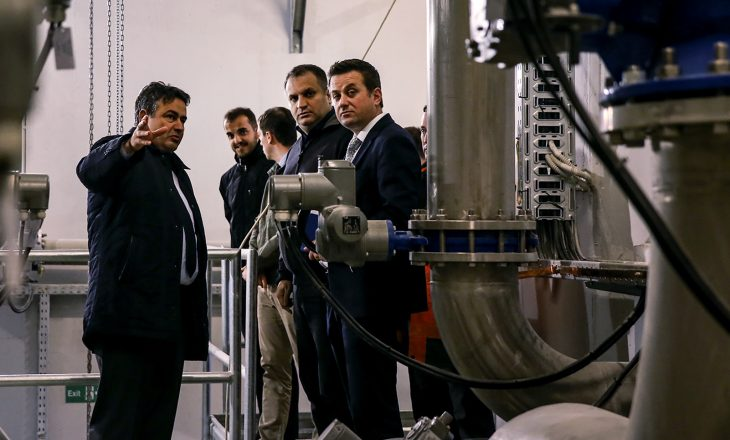 Ahmeti inauguron fabrikën e ujit