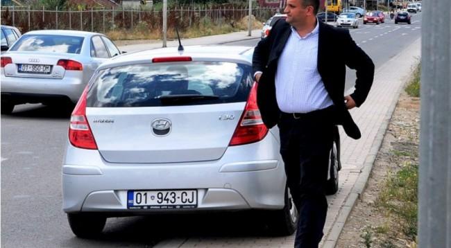 Shpenzimet enorme të Komunës së Prishtinës me veturat, sipas asamblistit të LDK-së
