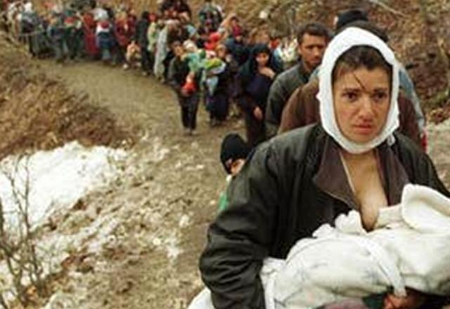 """""""Ndërkombëtarët kanë bërë pak në trajtimin e lëndëve kriminale të luftës në Kosovë"""""""