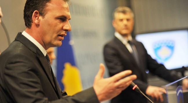 Limaj akuzon presidentin Thaçi për mashtrim me Ushtrinë e Kosovës