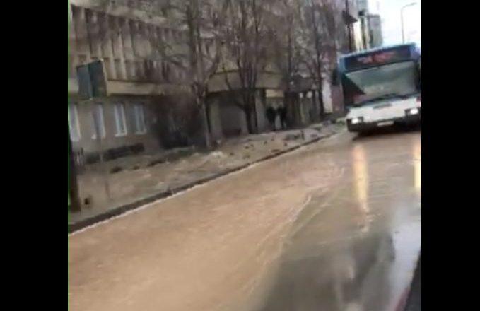 """Prishtina bëhet me """"lum"""""""