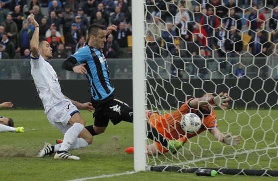 Manaj shënon gol dhe vlerësohet me notë të lartë