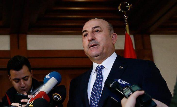 Holanda anulon lejen për uljen e avionit të ministrit Turk