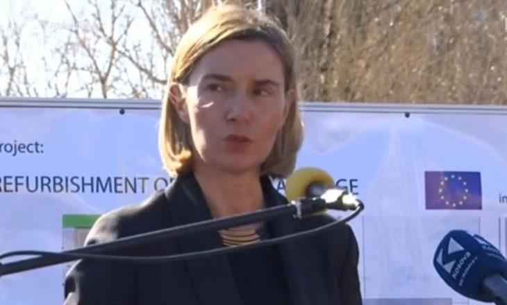 Mogherini në Mitrovicë thotë se rivitalizimi i urës lehtëson jetën e të dy komuniteteve