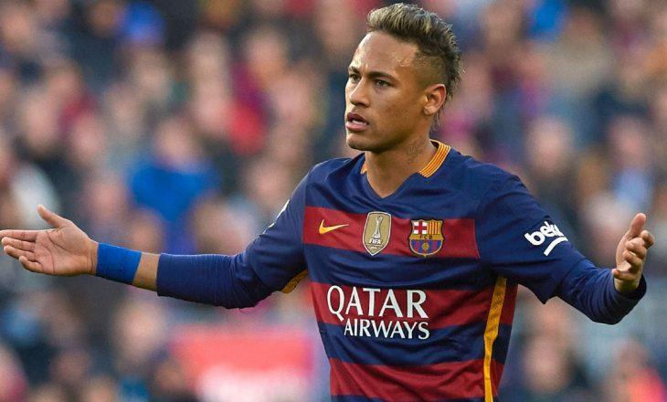 Manchester United përgatitë 200 mijë euro për Neymar