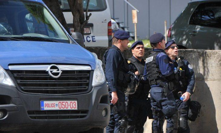 Qytetarët i besojnë FSK-së dhe Policisë, jo presidentit dhe kryeministrit