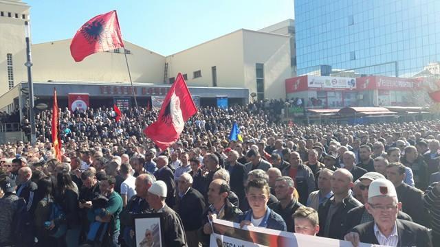 Krasniqi porositë Francën që të mos merret me politikën e Beogradit