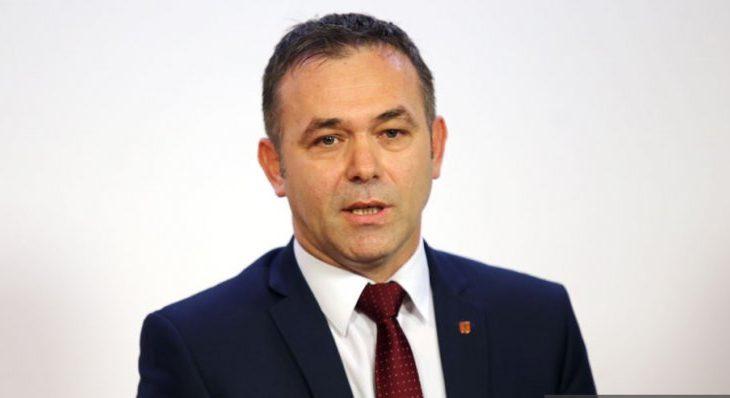 """""""Loja e Thaçit e Mustafës me FSK-në rrezikon pavarësinë e shtetit"""""""