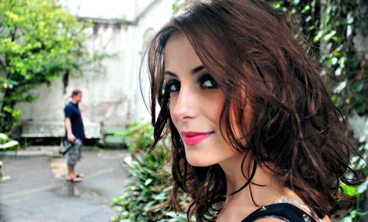 Rezeta Veliu, aktorja e suksesshme shqiptare në serialin amerikan 'Girls'