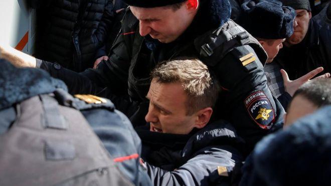 Alexei Navalny, udhëheqësi i opozitës ruse arrestohet në Moskë