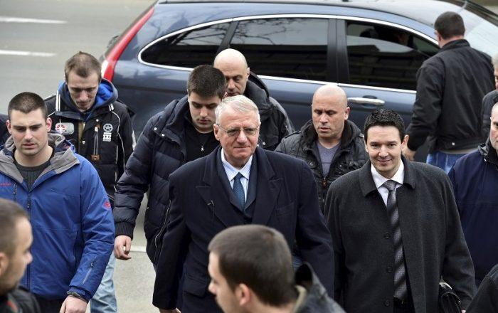 Zëvendësi i Sheshelit sot takohet me serbët në Graçanicë