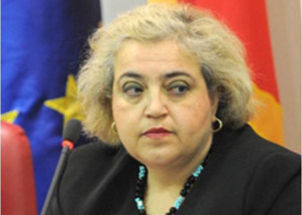 Papadopoulou lavdërohet me punën e EULEX-it në gjykimet për krime lufte