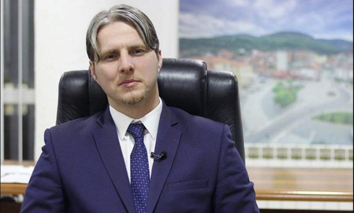 Jep dorëheqje kryetari i komunës së Preshevës