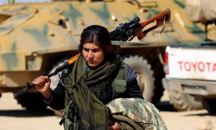 Rebelët sirianë avancojnë drejt Rakës