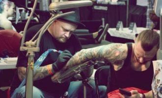 Në Çikago mbahet konventa e tatuazheve me 800 artistë