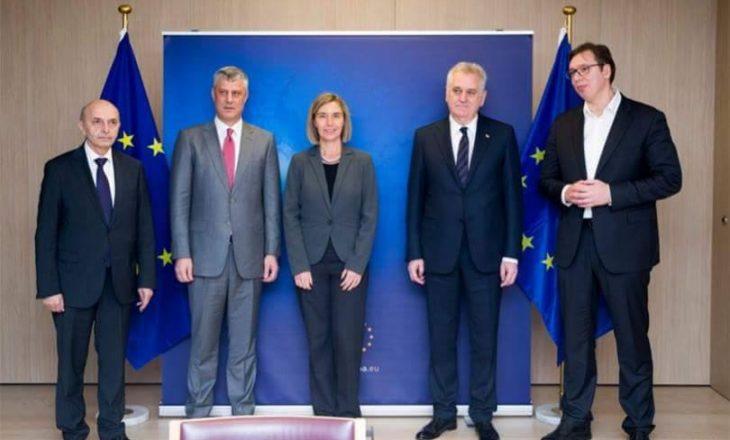 Thaçi: I kërkova Vuçiqit të mos i frikësoj deputetët serbë të Kosovës