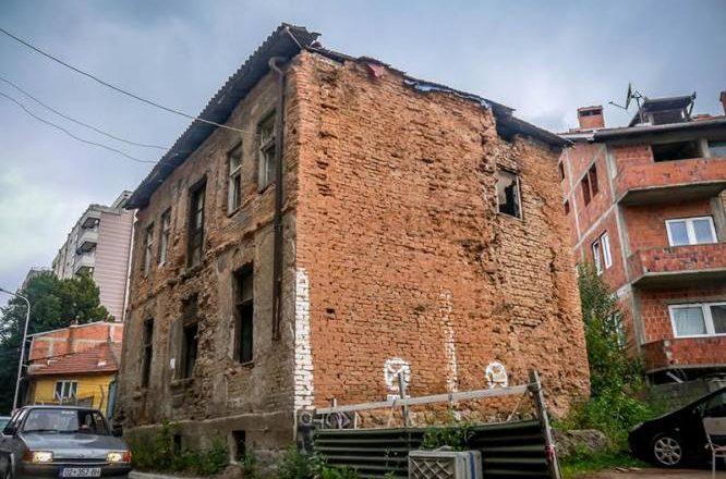 Shoqëria Civile në Mitrovicë reagon ndaj rrënimit të trashëgimisë kulturore