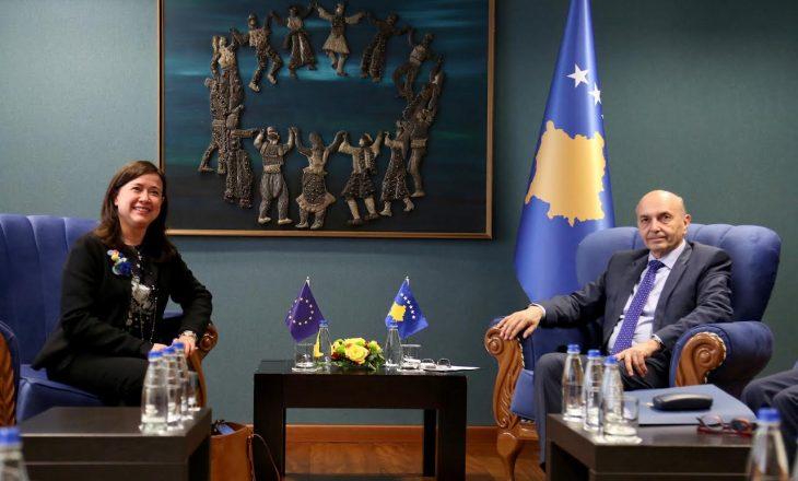 """Mustafa kërkon përkrahje """"më të vendosur"""" të BE-së"""