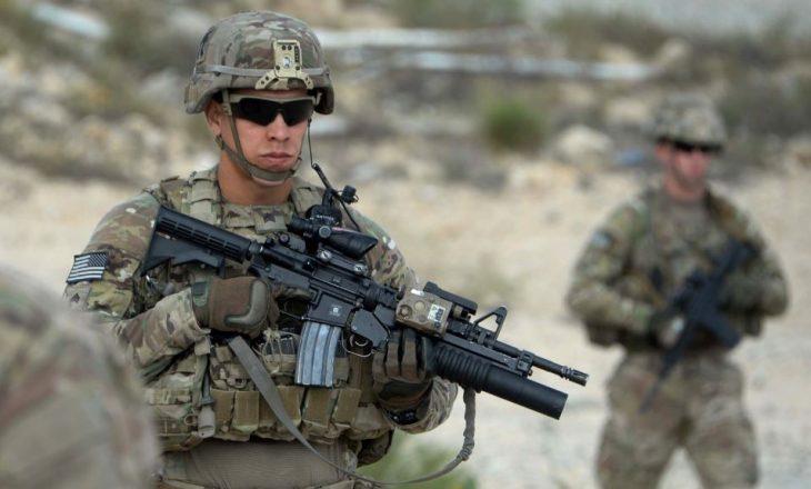 Një ushtar afgan plagos tre ushtarë të SHBA-së