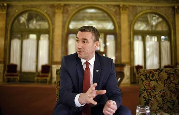 Veseli: Të ndalen përpjekjet e Serbisë për ta njollosur luftën e UÇK-së