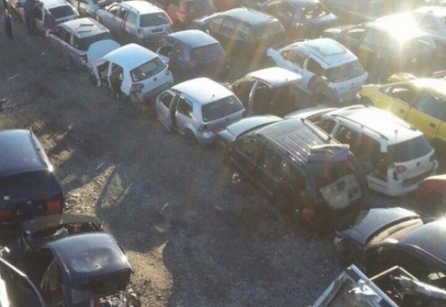 Policia gjenë 106 vetura ta pa doganuara në Mitrovicë