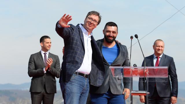 Vuçiq: Boshnjakët i respektoj po aq sa serbët