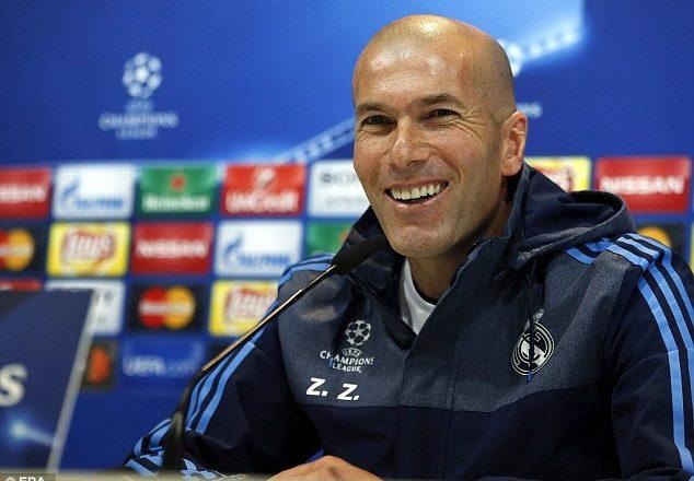 Zidane paralajmëron skuadrën: Napoli mund të na krijojë probleme