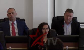Bazaj përplaset me Lladrovcin: Jep përsëri dorëheqje nga PDK-ja
