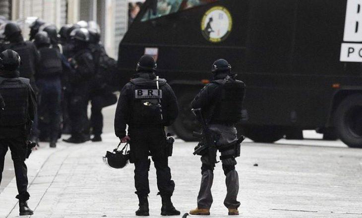 Blindohet Franca  marshimi i 1 Majit kundër Le Pen