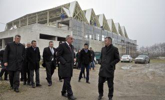 Ministria investon në palestra të reja, por dy nuk i ka përfunduar qe 10 vjet