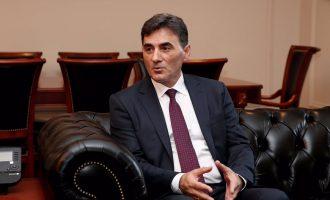 Ministri kosovar i gëzohet autokracisë së Erdoganit, kritikon BE-në
