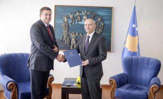 """Ministri i ri serb: """"Vuçiqi është shpëtimi i Kosovës dhe Metohisë"""""""